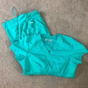 Greys Anatomy Scrub Set - Size M Top, Size S Pants